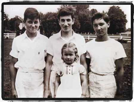 Pep (fruthest left), older brother Elmer, cousing Johnny Falini and niece, Wanda Polite around 1939